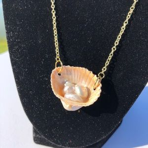 SavagelyChic | Seashell Freshwater Pearls Necklace